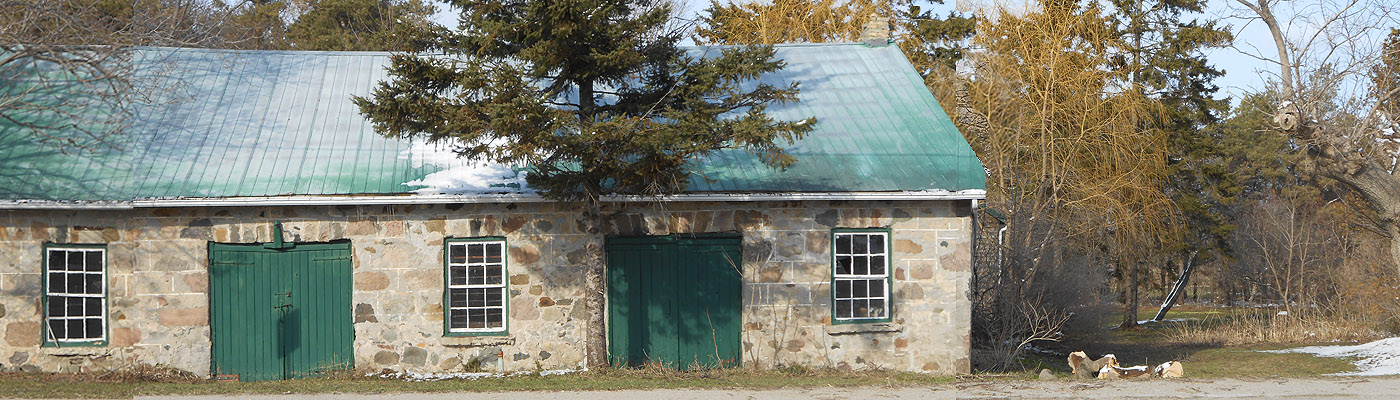 dressed stone barn, rural ontario